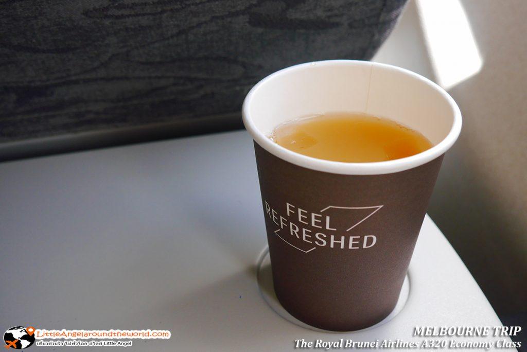 เครื่องดื่มเย็นชื่นใจ มีให้เลือกหลายอย่าง : รีวิวสายการบิน royal brunei ไป เมลเบิร์น